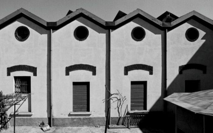 Gabriele Basilico © dalla serie Milano, ritratti di fabbriche, 1978-1980