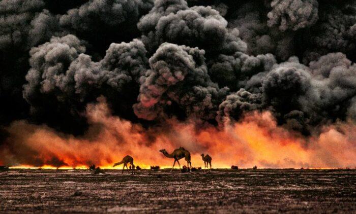 © Steve McCurry, Al Ahmadi Kuwait 1991
